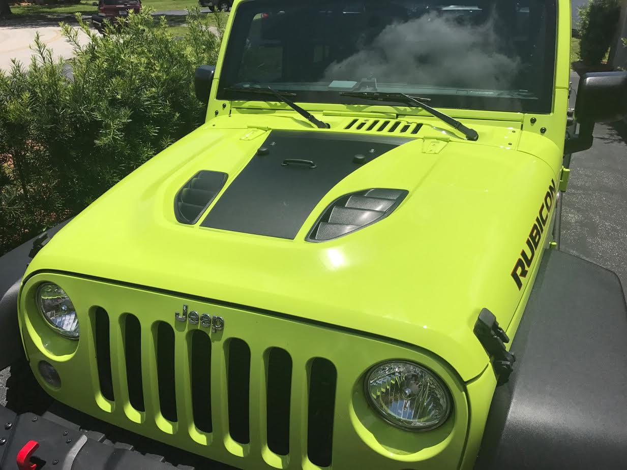 10th-aniversary-hood-blackout-matte-black-jeep-decal