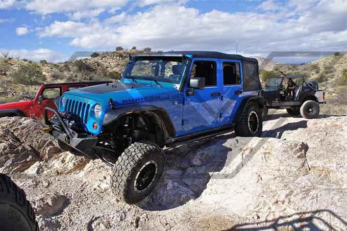 MOAB-wheeling-jeep-wrangler-hood-blackout-decal
