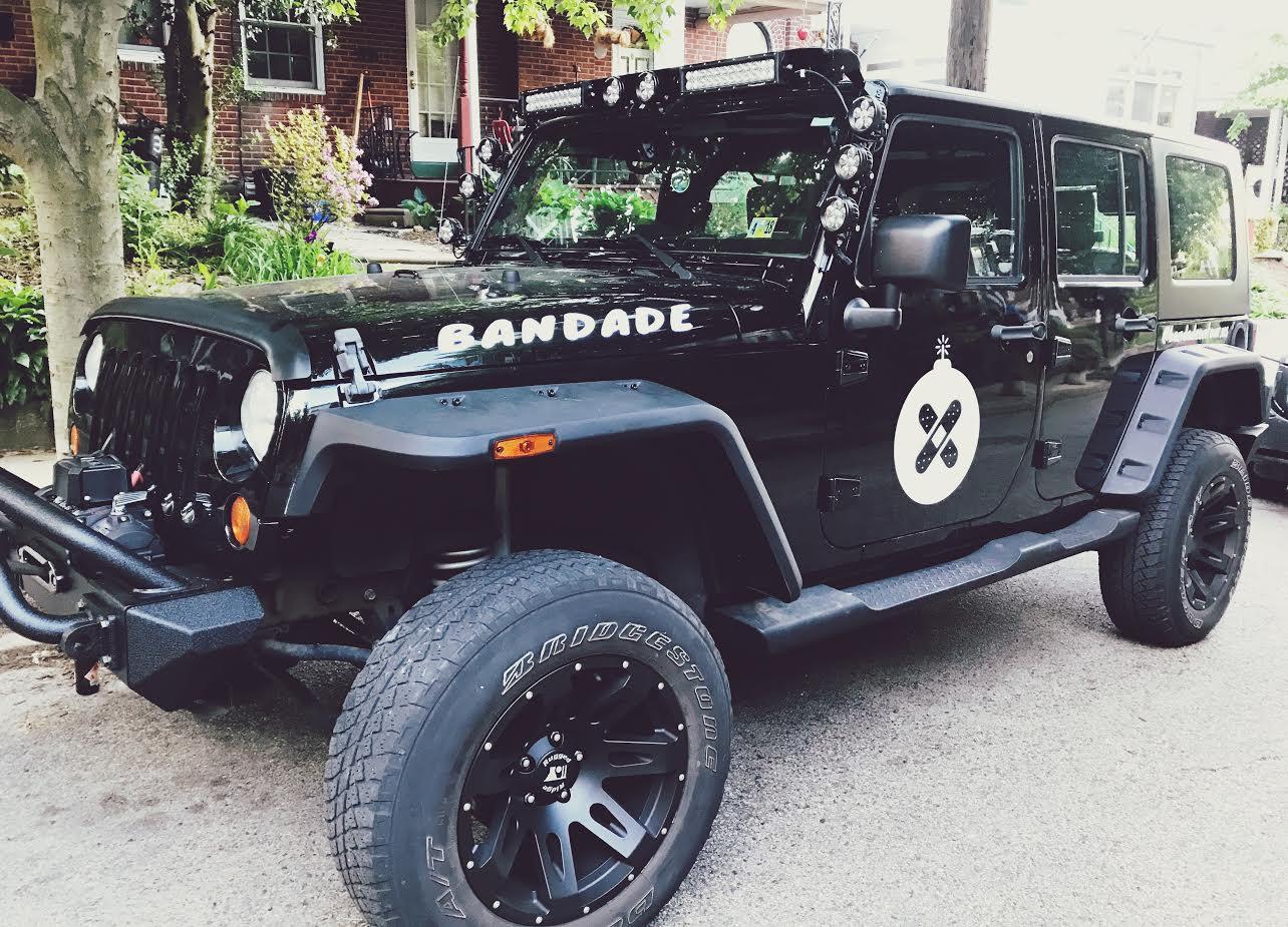 band-bandade-sponsored-jeep