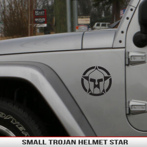 Spartan_gladiator_star_trojan_helmet_small_fender_decal_jeep_wrangler_grand_cherokee