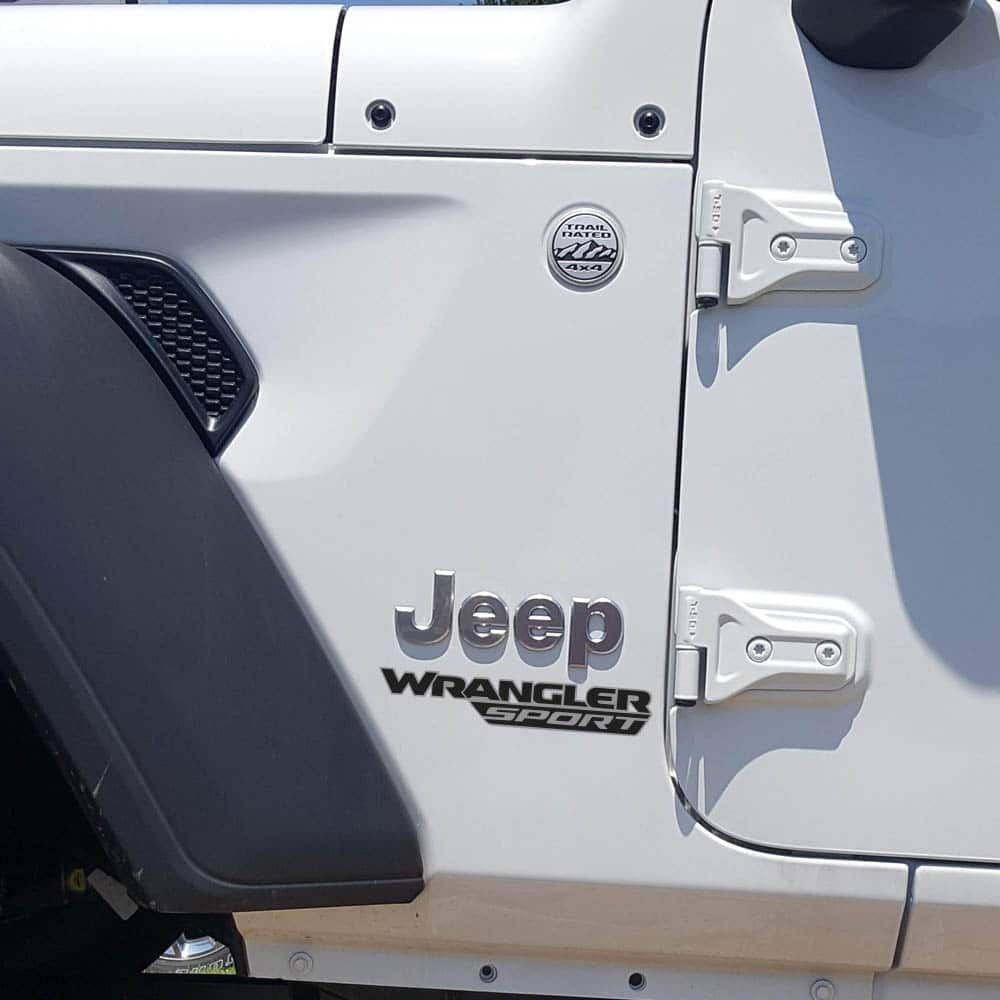 Wrangler-sport-jl-style-hood-decal-silver-black